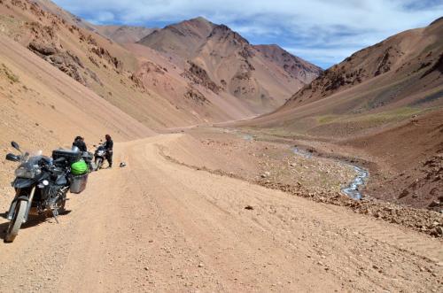 Los Andes, Argentina y Chile en moto